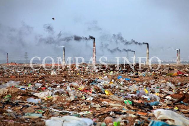 Бангладеш. Мусорный пейзаж.