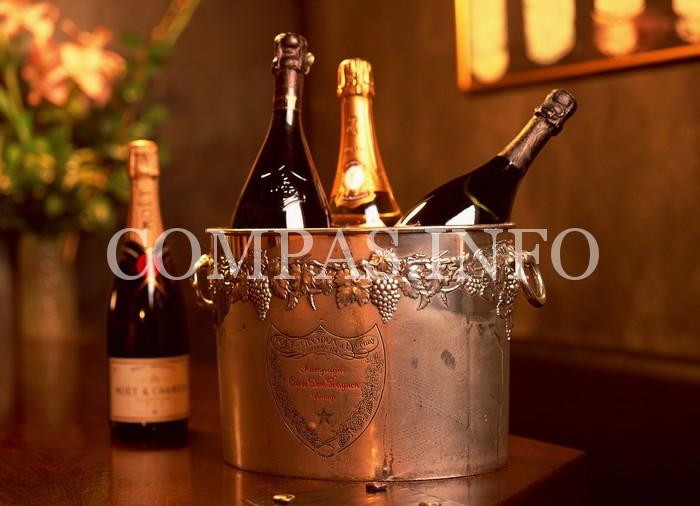Оригинальное шампанское «Вдова Клико»