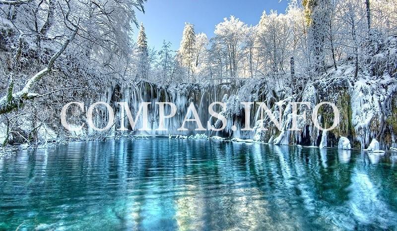 surreal-places-plitvice-lake-frozen