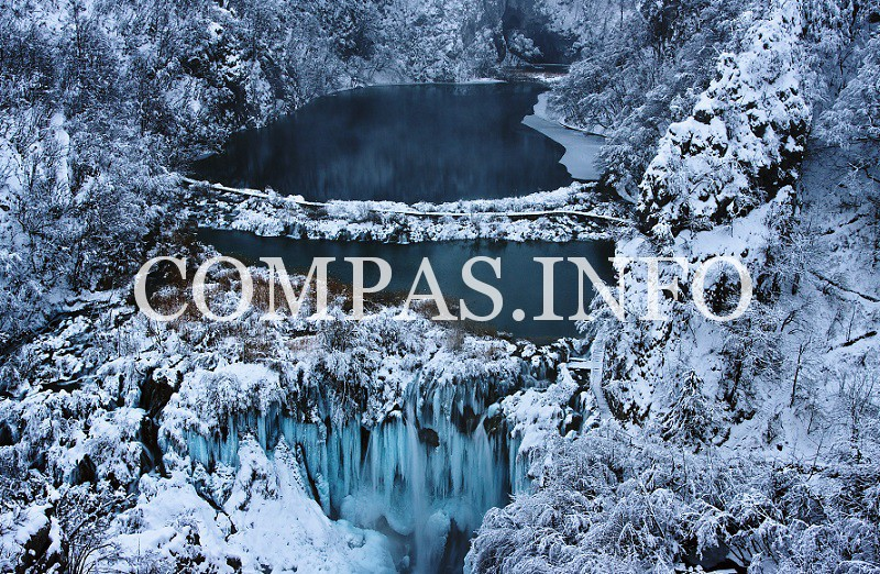 surreal-places-plitvice-lake-national-park-winter