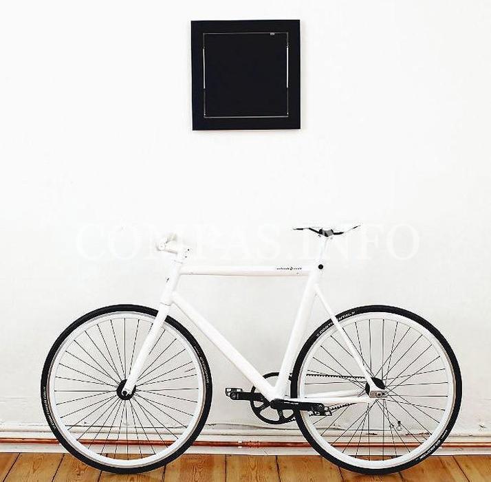Идеи хранения велосипеда в квартире4